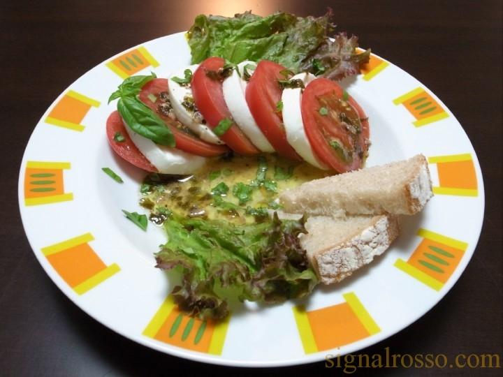 【ジョジョ】トニオさんのイタリア料理を再現してみた・改 モッツァレッラチーズとトマトのサラダ【第4部】